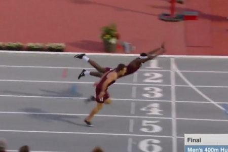 Американский бегун выиграл золото «прыжком супермена