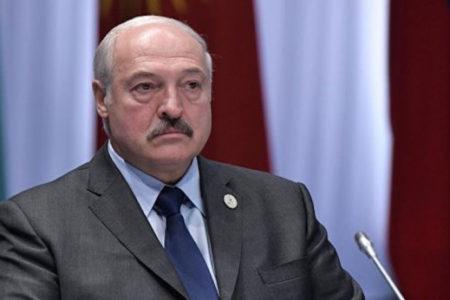 Лукашенко предложил выжать Назарбаева
